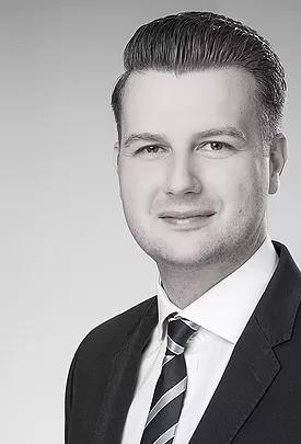 Florian Schnabel, Geschäftsführer der Invisio Clinical Studies Consulting & Services UG. Ihr Dienstleister für Flying Study Nurses und Projektmanagement von klinischen Studien.